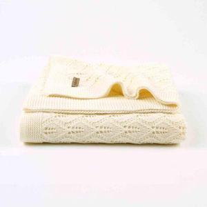 Leveles kötött takaró