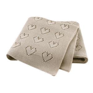 Szivecskés kötött takaró